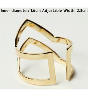 Dvojitý prsten ve tvaru V