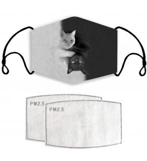 Kvalitní bavlněná rouška s motivem kočiček černobílá 18x13 cm
