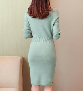 Zimní světlé šaty